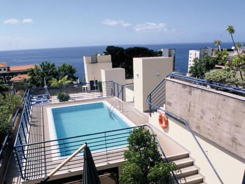 Zonvakantie Madeira- Terrace Mar Suite***
