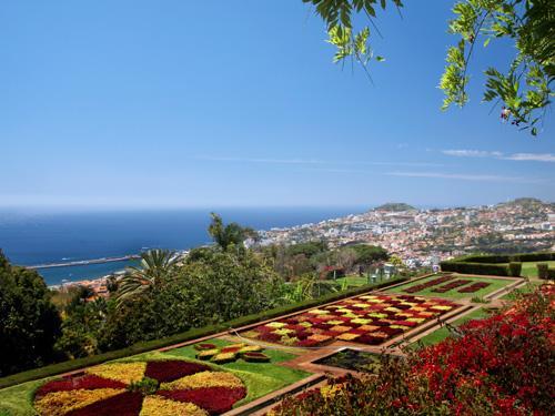 Fly-drive Azoren – São Miguel – Pedras do Mar Resort